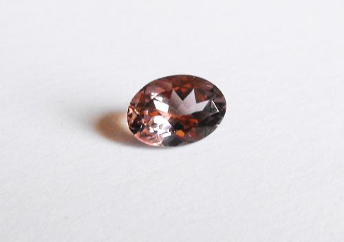 Morganite Rosa naturale taglio Ovale da 2,15 Carati